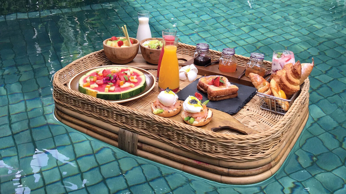 Floating breakfasts are becoming a trend, here's why
