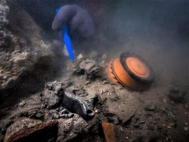 2,400-year-old fruit baskets, other archaeological treasures, discovered under the sea of ancient Egyptian city